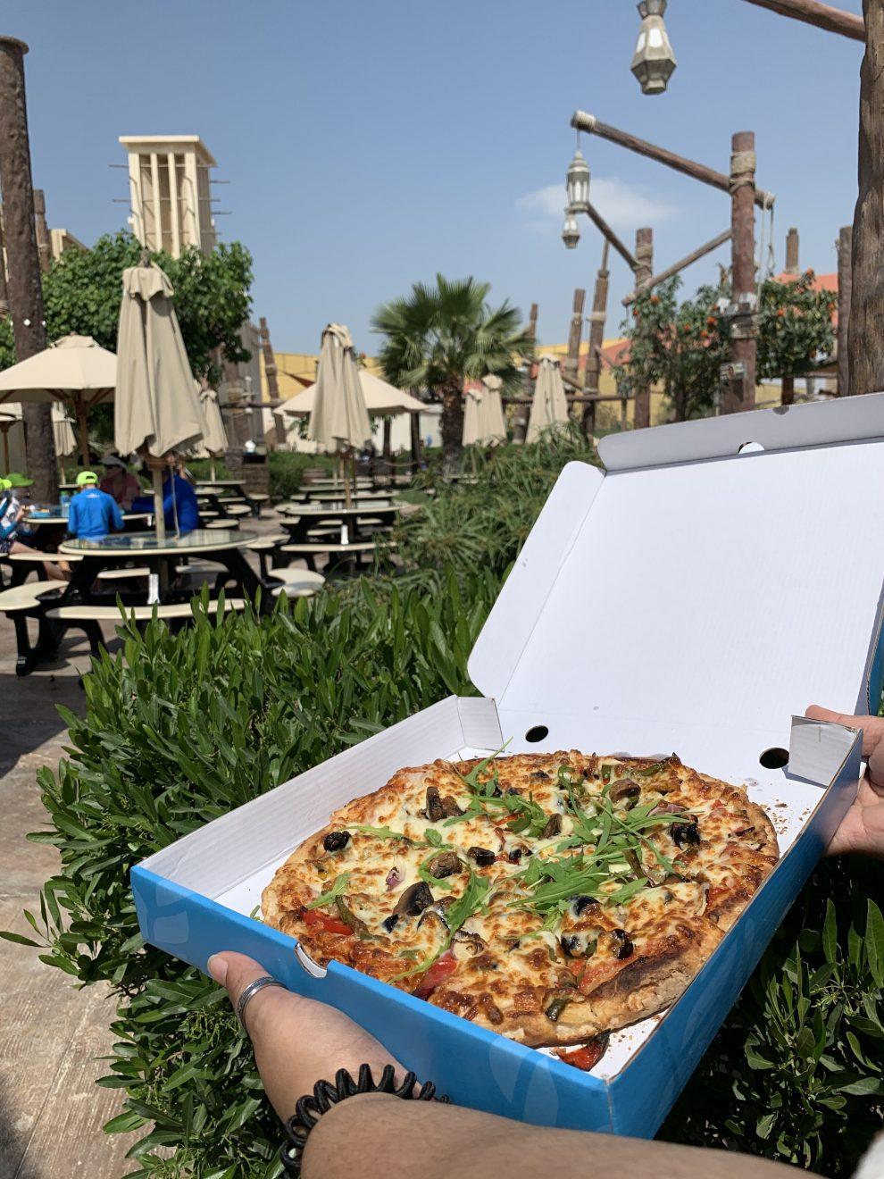 YW_Danas_Diner_Pizza