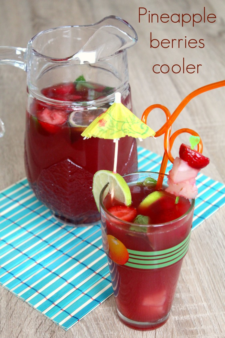 Pineapple berries cooler