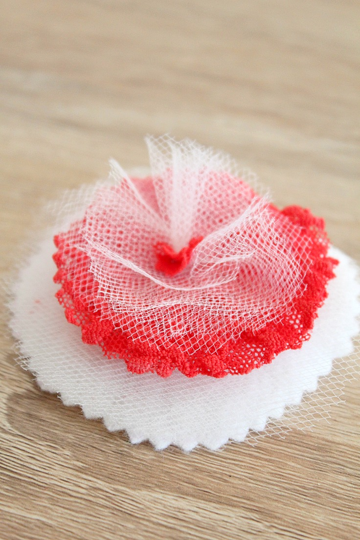 Easy DIY fabric flowers