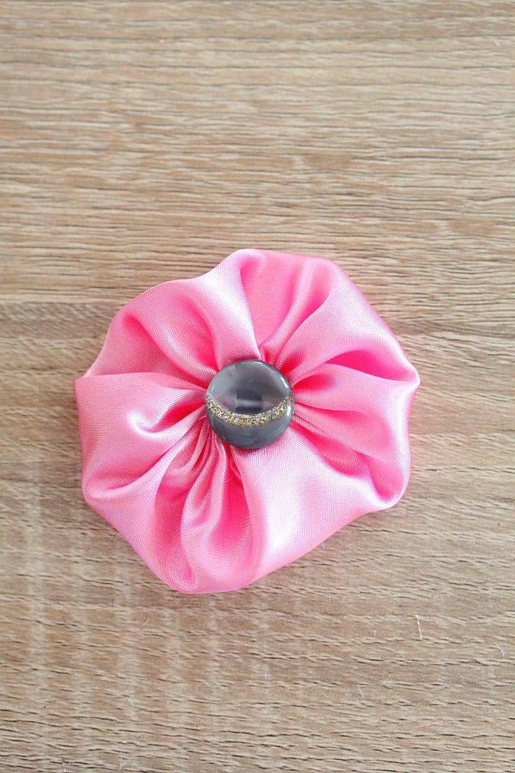 Sewing tutorial: Fabric yo yo flowers