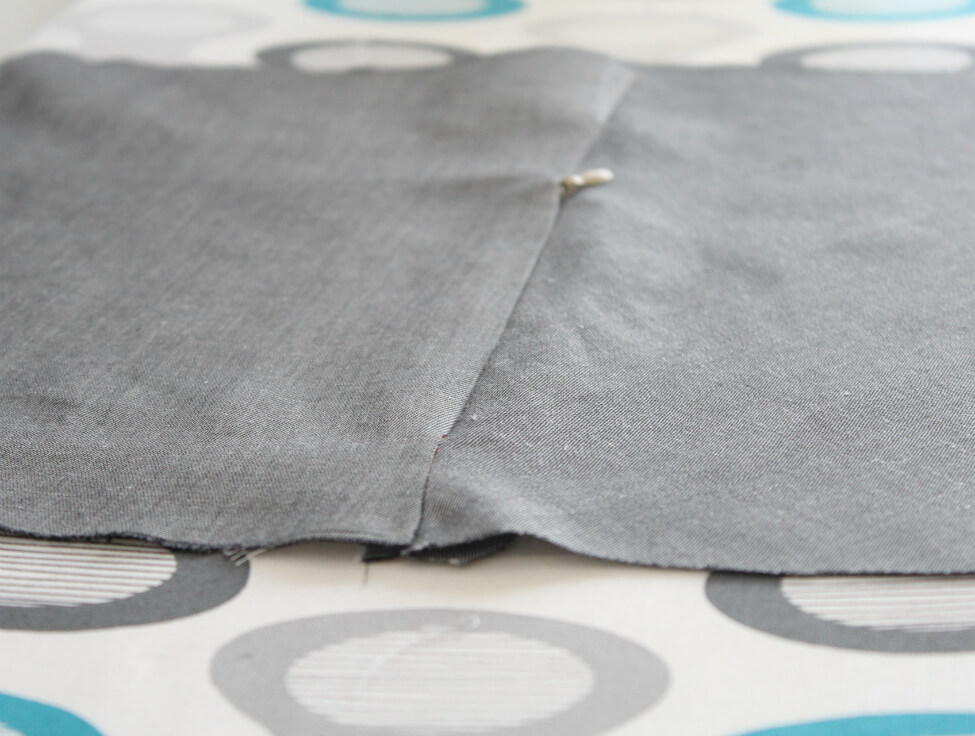 Sewing An Invisible Zipper