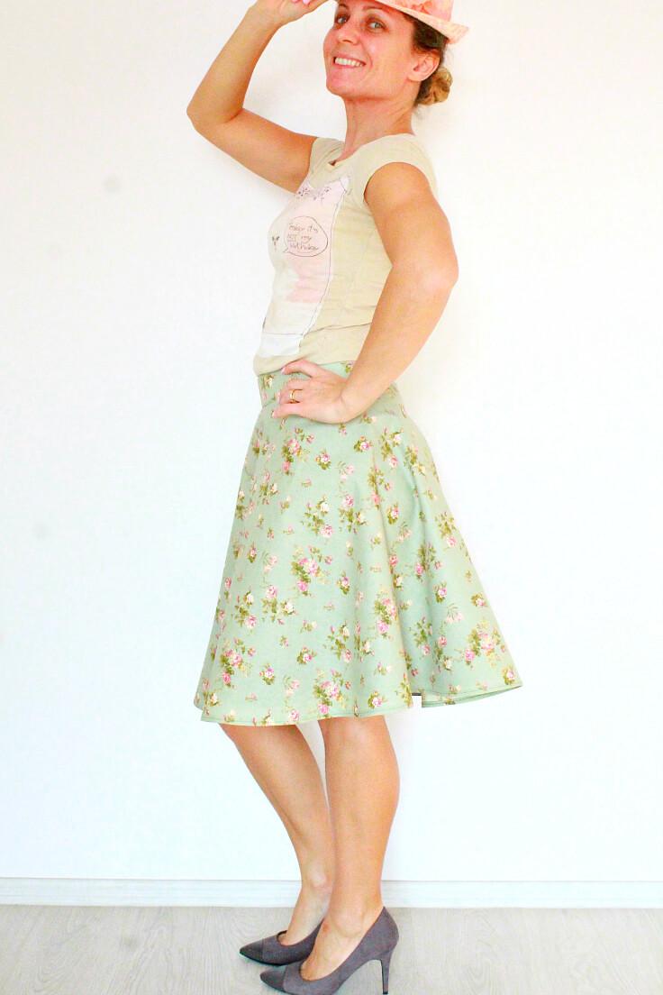 Half circle skirt with zipper
