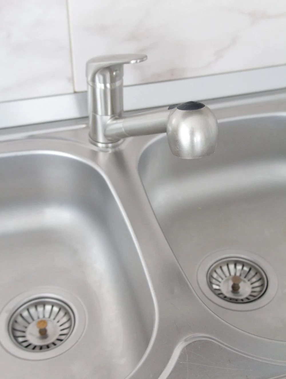 Best cleaner for stainless steel sink
