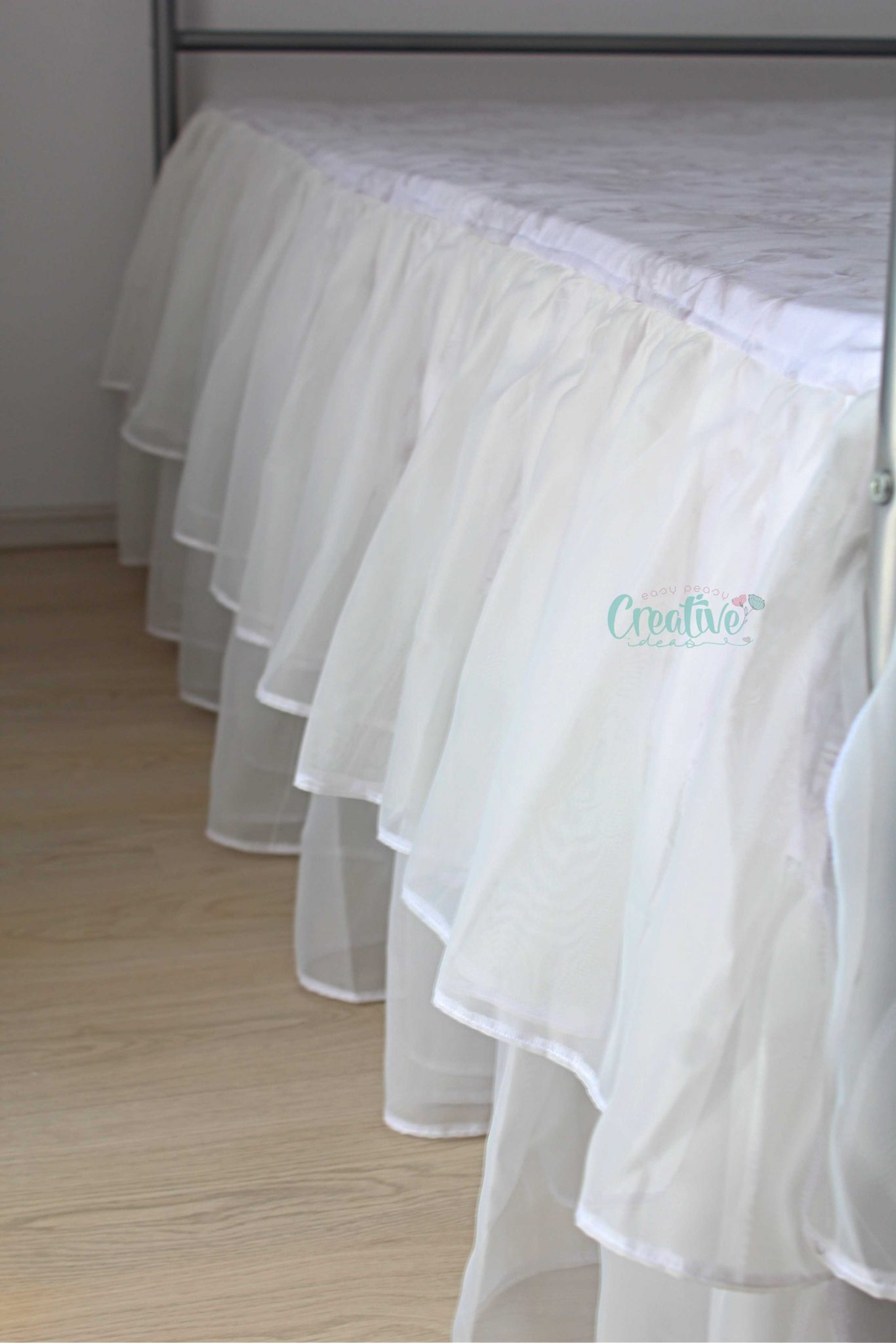 sewing a bed skirt