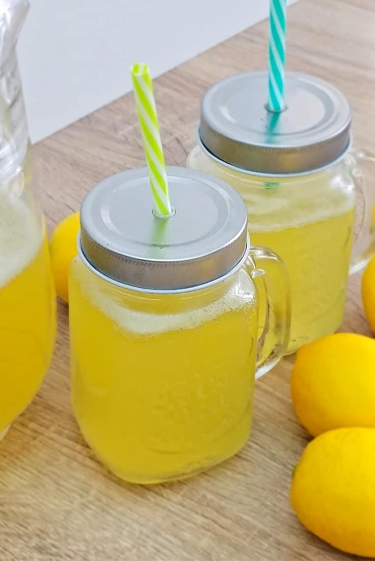 Pineapple lemonade punch