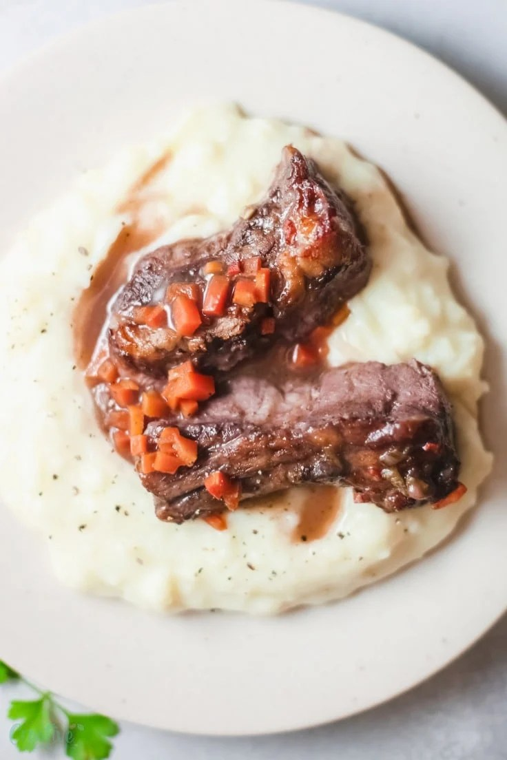Braised short ribs in the oven