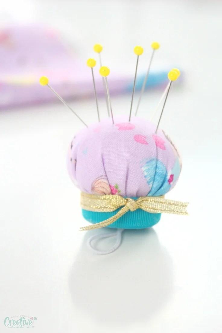 Sewing pin cushion