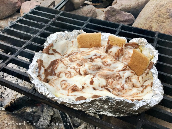Campfire S'mores Dip – The Ultimate Camping Goodness