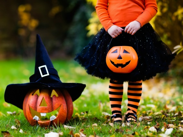 12 Non-Candy Trick-or-Treat Ideas | All the Fun Without the Sugar