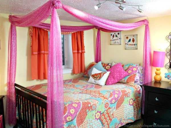 Easy DIY Princess Canopy Bed