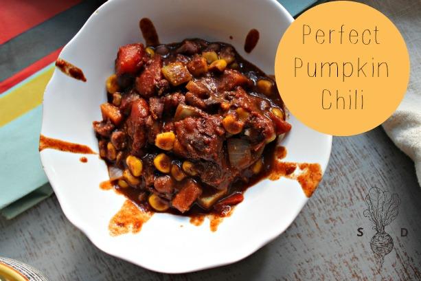 Spicy Vegan Pumpkin Chili (+ All Things Fall)