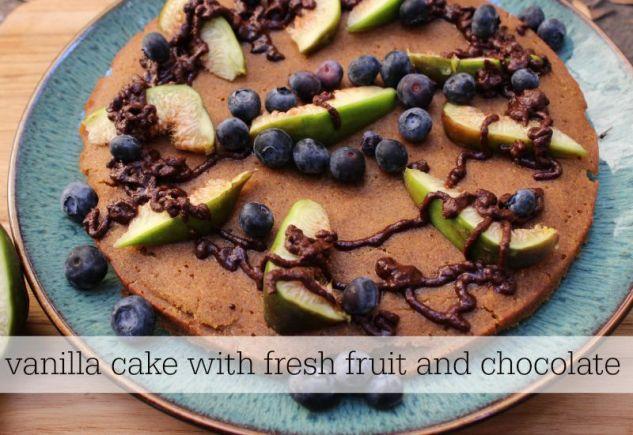 Vanilla cake with fruit and chocolate