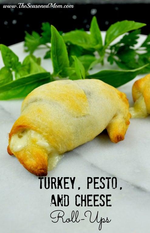 Turkey-Pesto-and-Cheese-Roll-Ups.jpg