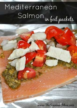 Mediterranean-Salmon-in-Foil-Packets-2.jpg