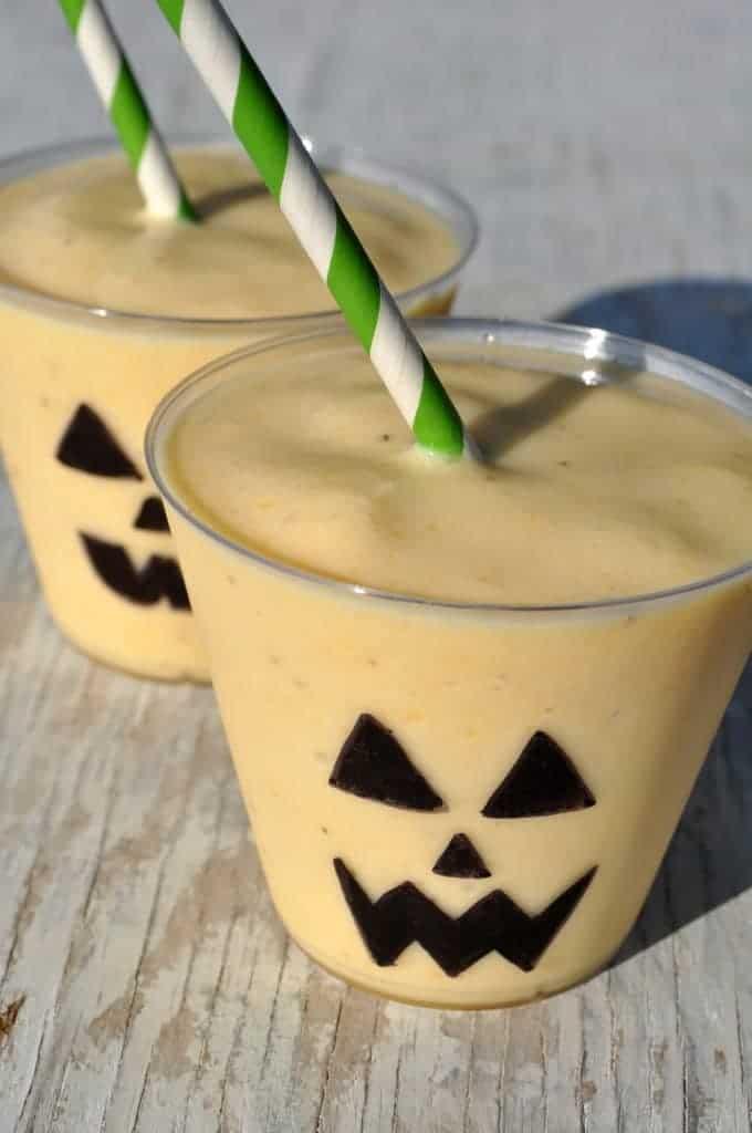 Jack o lantern smoothies 2