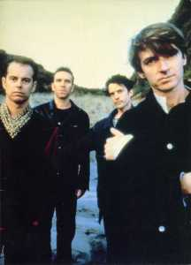 crowded-house-1