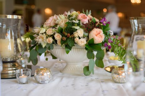 Urn Top Table