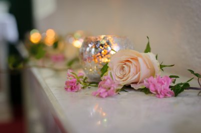 Roses & Tea Lights