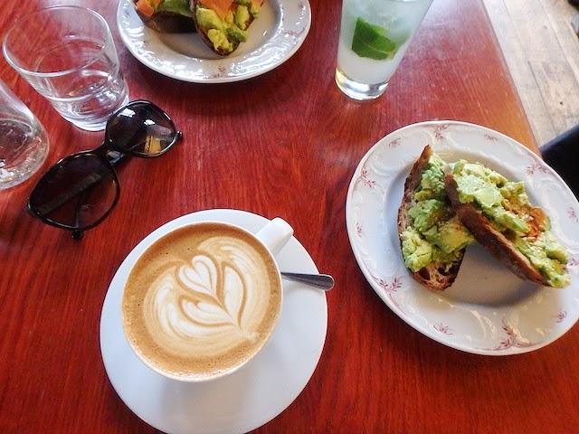 Brunch Café Lomi Paris