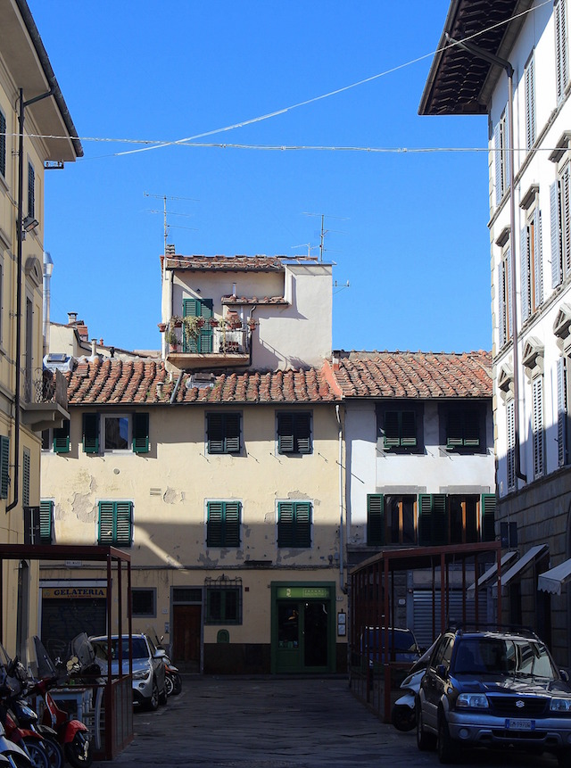 Wandering the little streets of Florence
