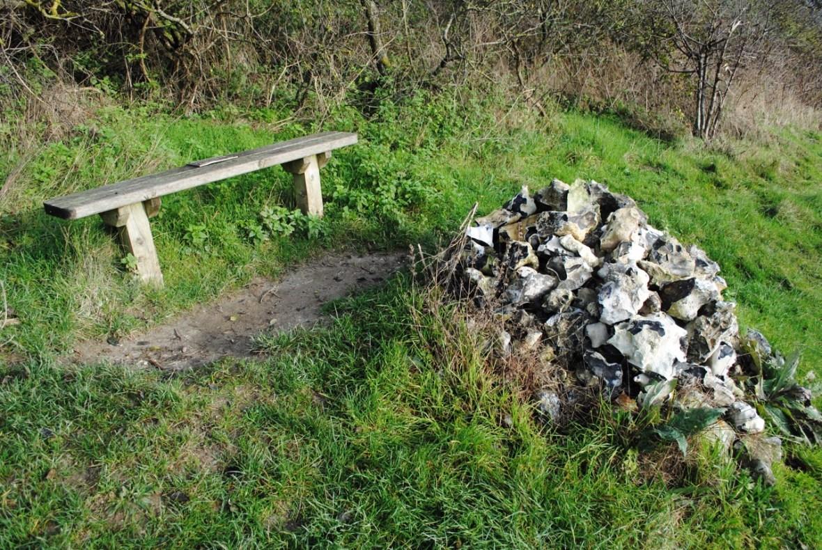 Flint cairn, Cobham, Kent