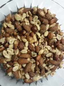 bowl-of-mixed-nuts