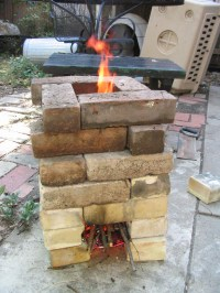 12 Rocket Stove Plans to Cook Food or Heat Small Spaces ...
