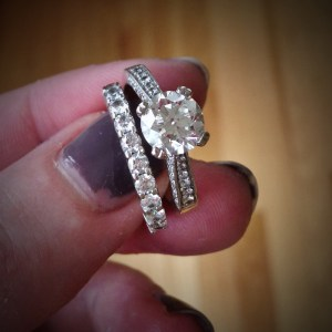 How to get rid of a rash under your wedding rings  These Little Moments