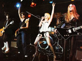 the runaways band photo live