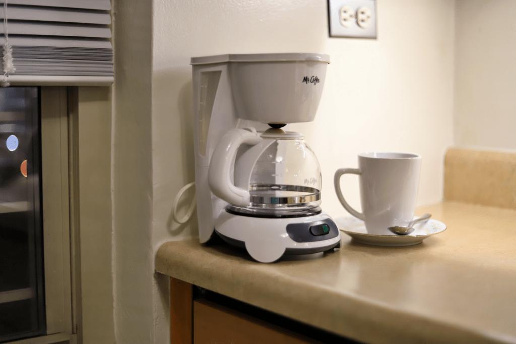 How To Clean Your Coffee Maker – So Your Coffee Starts Tasting Better Again!
