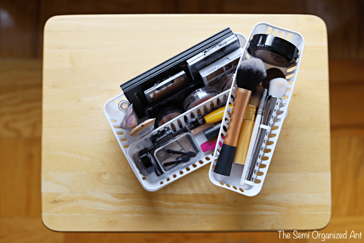 How I Organize My Everyday Makeup - The Semi Organized Ant