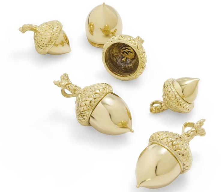 Tarra-acorns-brass