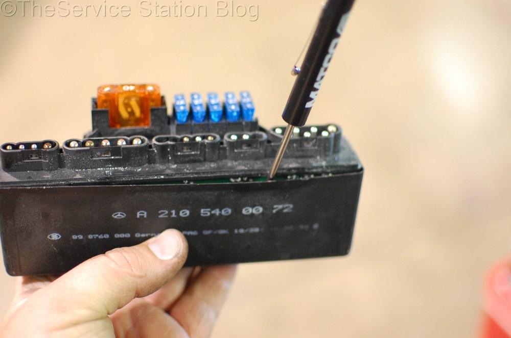 medium resolution of disassembling module mercedes slk230 k40 relay