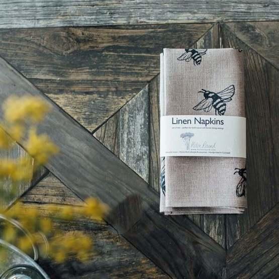 Helen-Round-Linen-Napkins-Bees