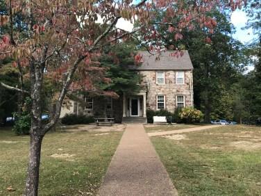theta pi house