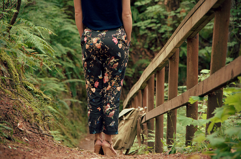 Back view of floral Jedediah trousers.