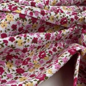 Delicate Liberty flowers – popeline katoen