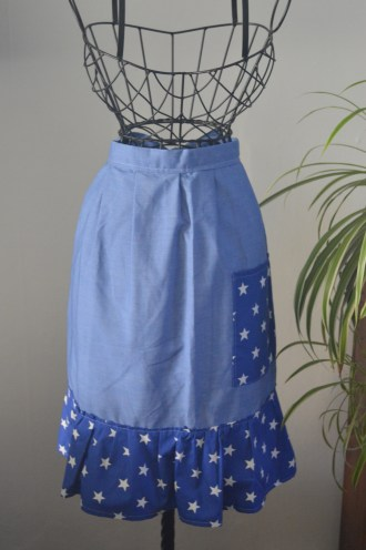 dotty apron from TheSewingNookUk etsy shop
