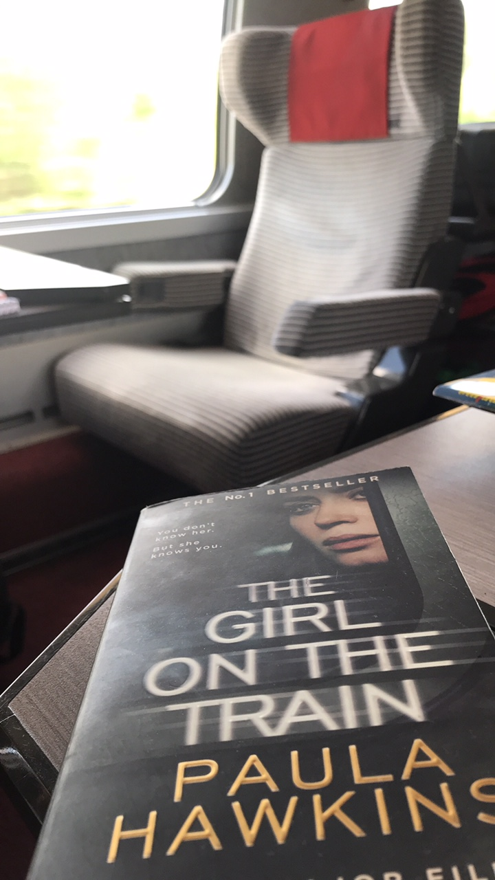 The Girl on the train - A page turner | thesewist.me