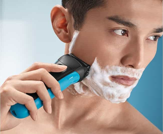 braun series 3 310s wet and dry electric shaver