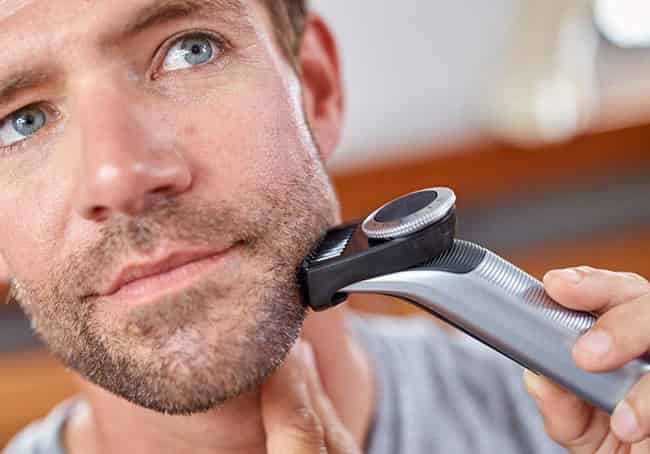 philips oneblade pro qp6520 trimming system