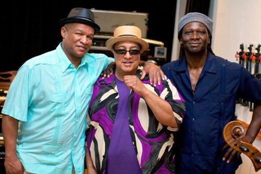 Hamid Drake    Ernest Dawkins    Harrison Bankhead   Chicago Trio   Velvet Songs   rogueart jazz