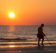beach hunt.jpg