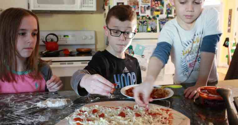 Family Pizza Night is Easy, Fun and Delicious