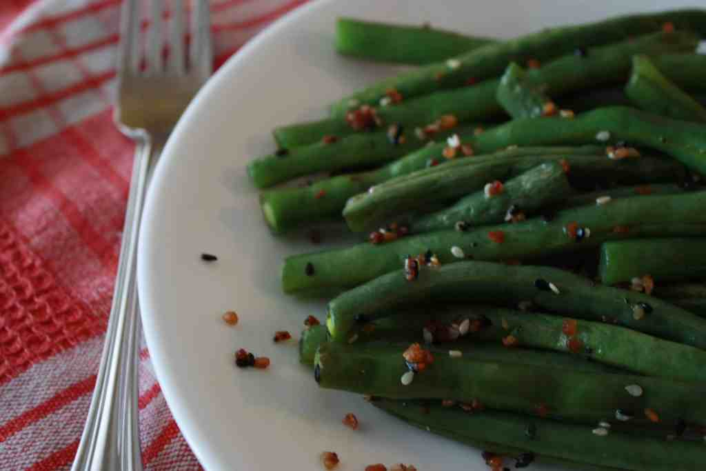Roasted Green Beans with everything but the bagel seasoning
