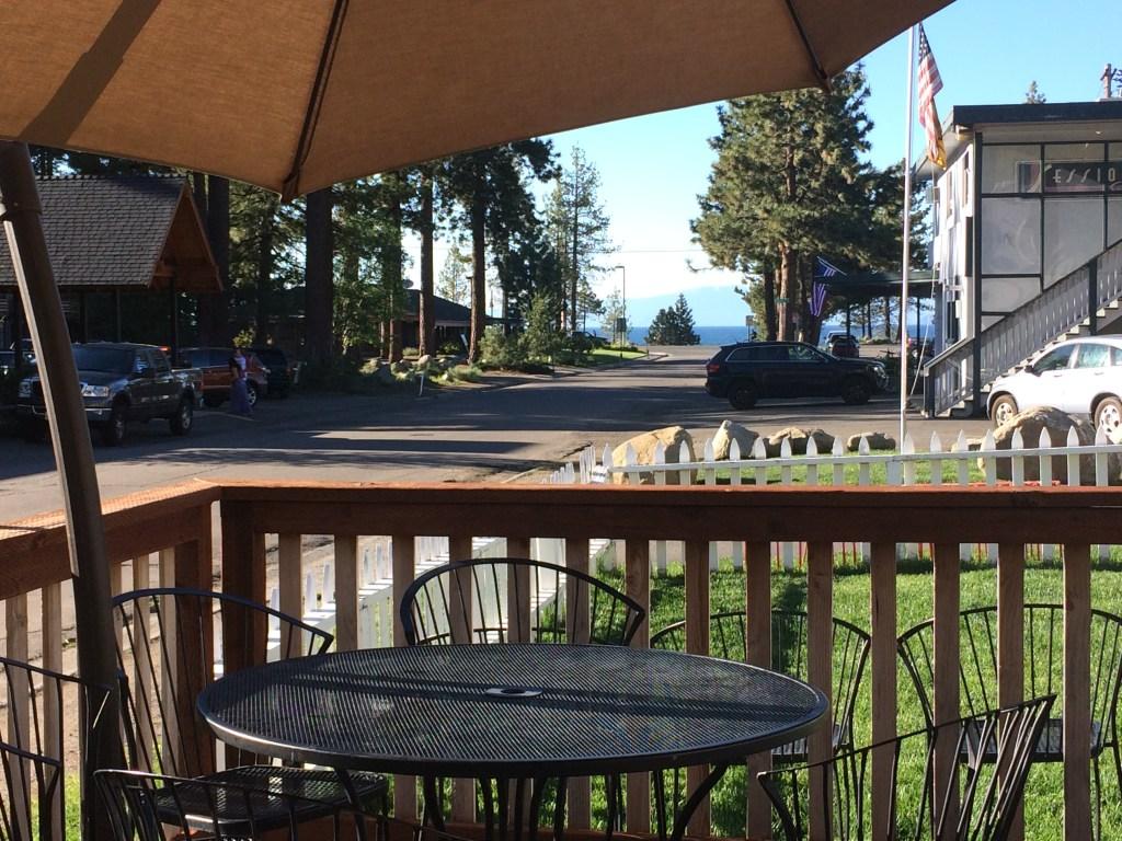 MacDuff's Public House patio