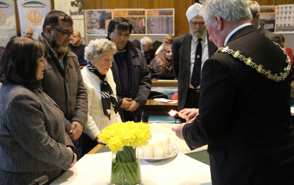 Borough marks holocaust memorial day