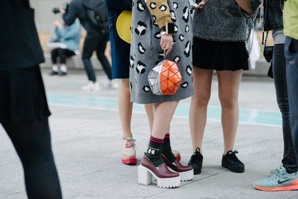 04-seoul-fashion-week-street-style-accessories