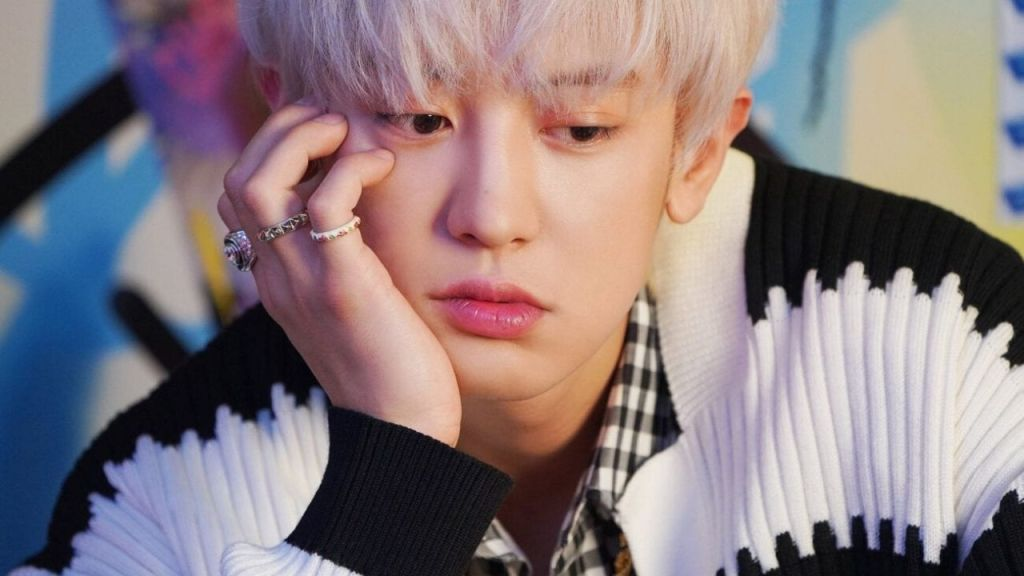EXO Chanyeol's 'The Box' ranks Number 1 at the movie box office, moving 'Minari' to the second