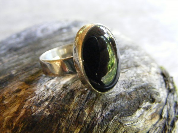 Onyx Ring with Flat Band